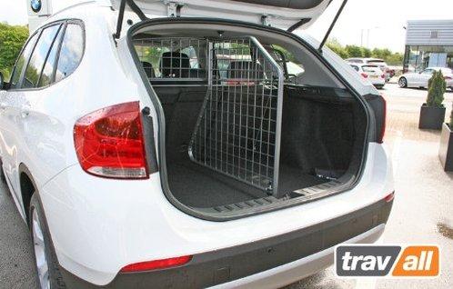 cloison de coffre bmw x1 2009 meovia boutique d 39 accessoires automobiles. Black Bedroom Furniture Sets. Home Design Ideas