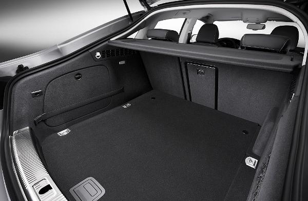 tapis coffre audi a5 sportback depuis 2011 caoutchouc 3d meovia boutique d 39 accessoires. Black Bedroom Furniture Sets. Home Design Ideas