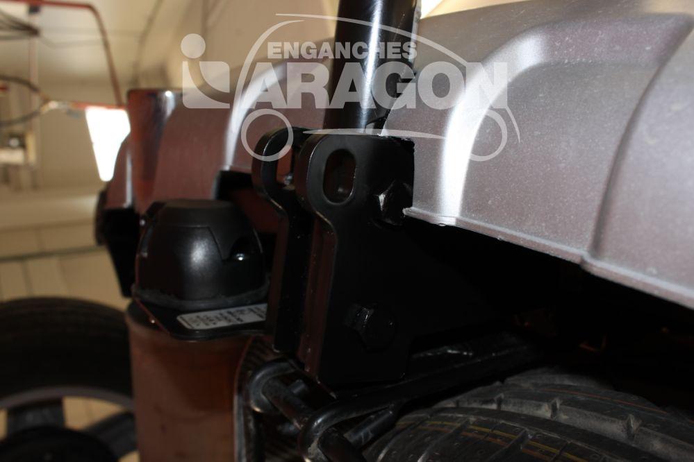attelage e1302ba dacia sandero stepway 2017 aragon meovia boutique d 39 accessoires automobiles. Black Bedroom Furniture Sets. Home Design Ideas